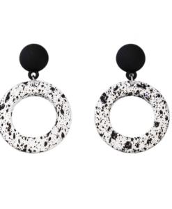 grote oorbellen, zwart, wit, dames, accessoires, trendy, statement